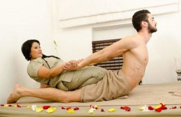 female to male body massage parlors in Hyderabad